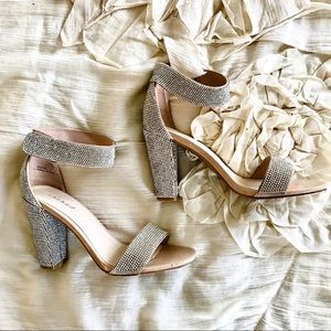 Bamboo Sparkly Heels  // Size 9